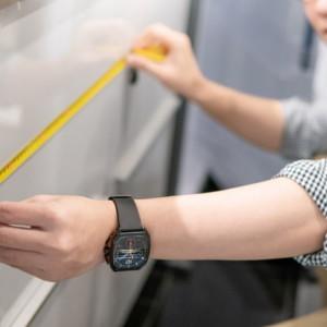 厨房機器のサイズを測る